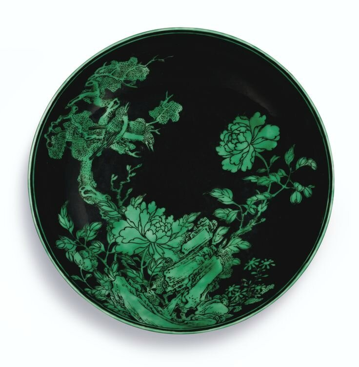 A fine and rare black-ground and green enamelled dish, Mark and period of Yongzheng