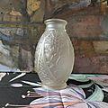Vase en verre moulé pressé joma montreuil