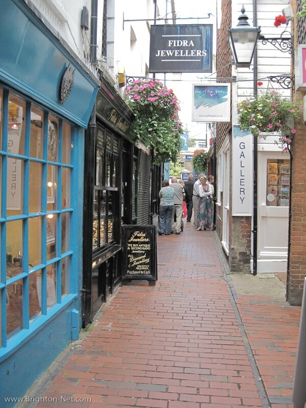 brighton_the_lanes_free_picture_03