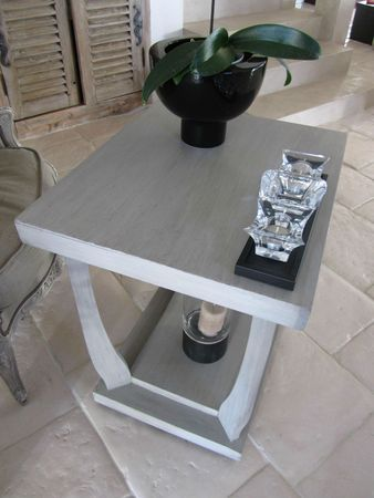 PATINE SUR TABLE D'APPOINT