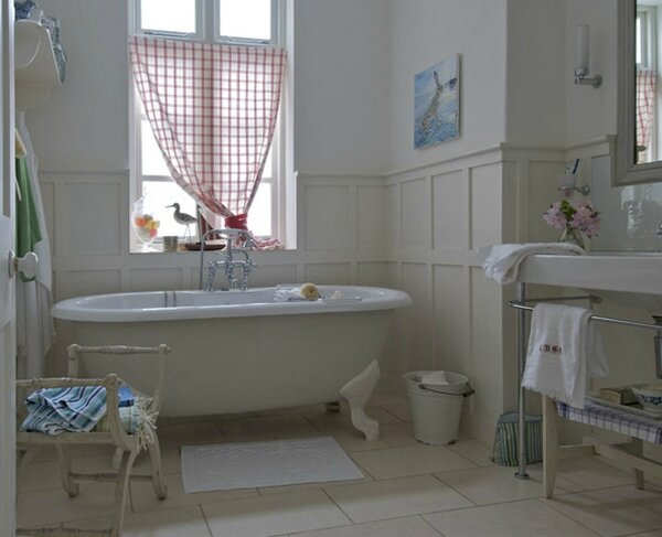 Country-Bathroom-Decor