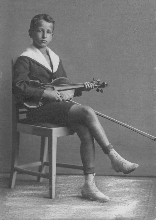 Werner Lywen, violin virtuoso, as boy