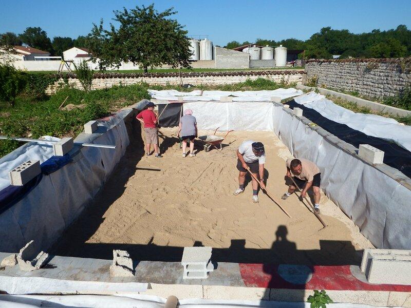 Cr ation d 39 une piscine naturelle l 39 article 22 for Bache epdm pour piscine
