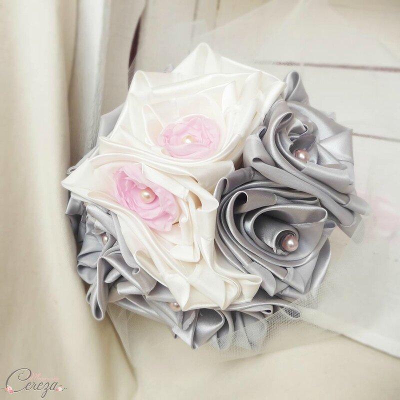 bouquet de mariée original gris rose ivoire atypique éternel cereza