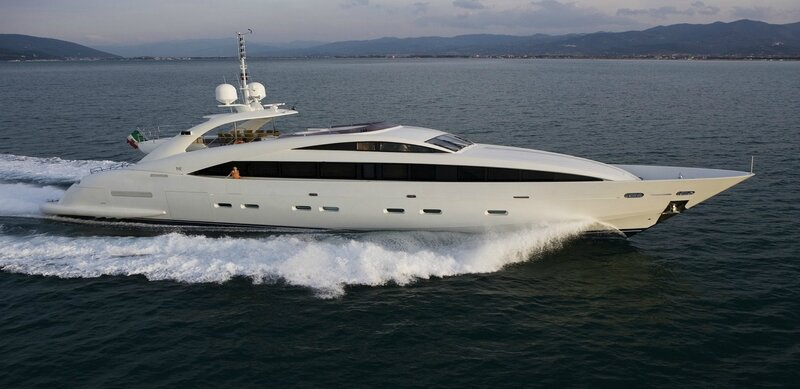 18300-isa-yachts-sells-first-yacht-hull-since-acquisition