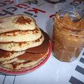 Pancakes et confiture de lait