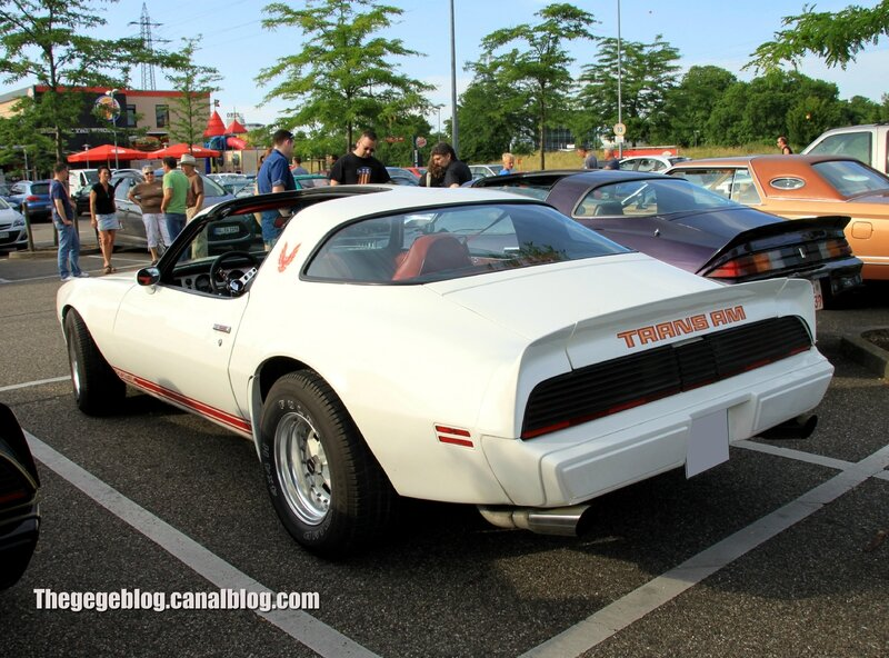 Pontiac trans am (Rencard Burger King juin 2014) 02