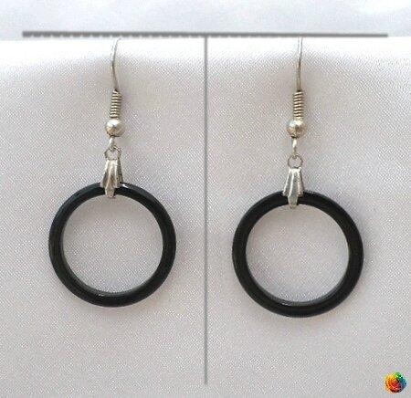 Boucles d'Oreilles Esha Pendantes Cercle Evidé Jade Noir Argent du Tibet