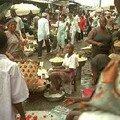 Marché central de douala cameroun, le désordre continue.