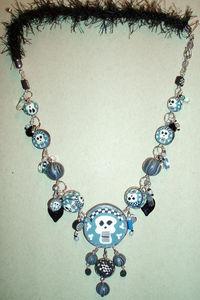 collier_blue_skull1