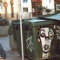 Les grafs clandestins à Ibiza se cachent dans les poubelles