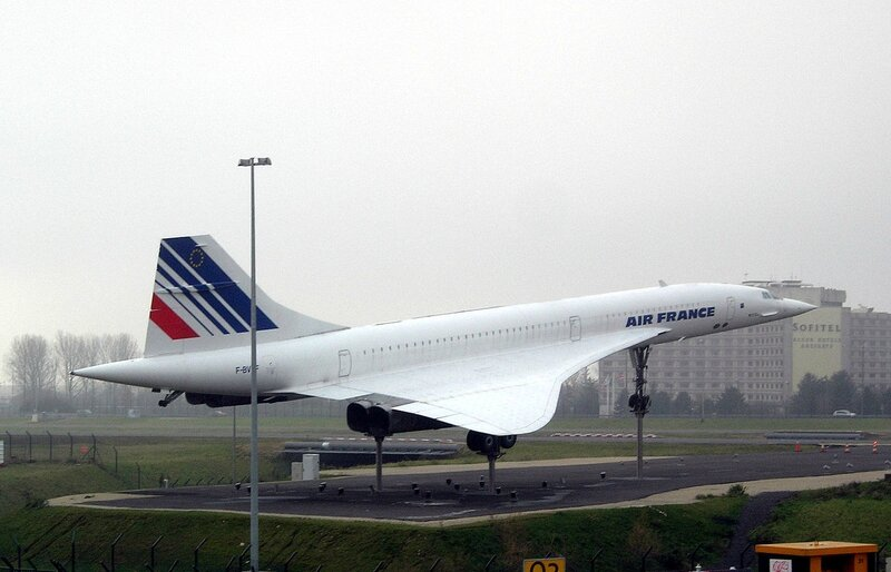1280px-Concorde_Roissy
