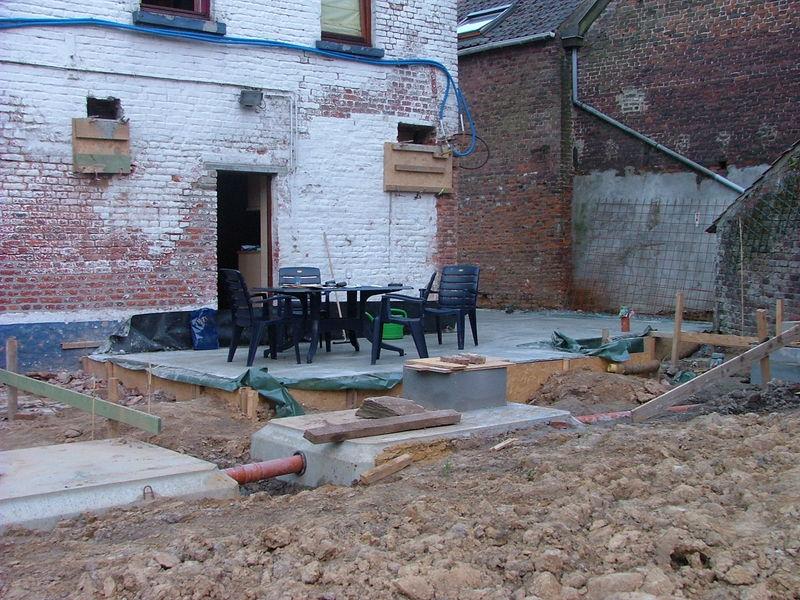 Asselet en beton coul dans la facade r novation d une for Beton coule en place