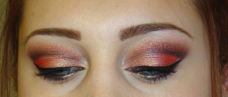 maquillage yeux corail