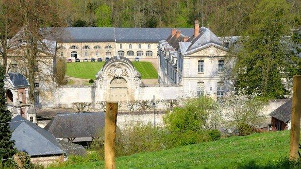 abbaye-st-wandrille-grand-e1461057406226