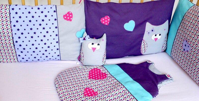 Décoration chambre bébé linge de lit turquoise violet mauve chouette hibou