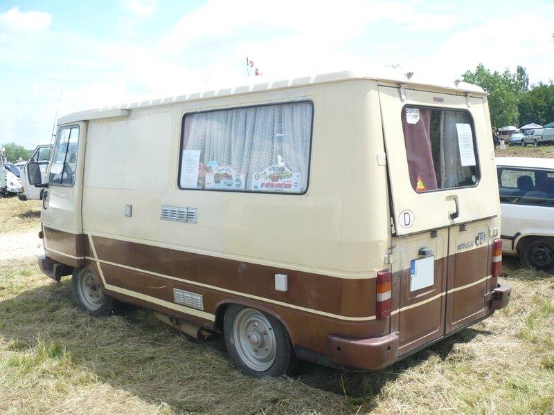 PEUGEOT J9 Knuffel camping car 1982 Madine (2)