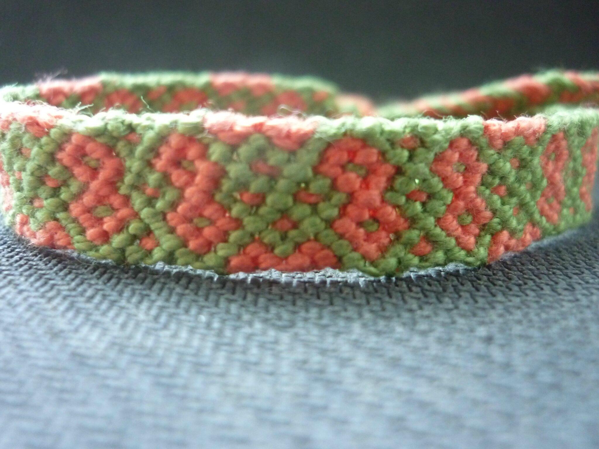 bracelet vert et rose