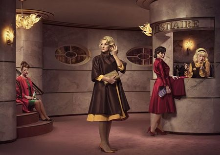 Erwin_Olaf_Homotography_Three_sisters