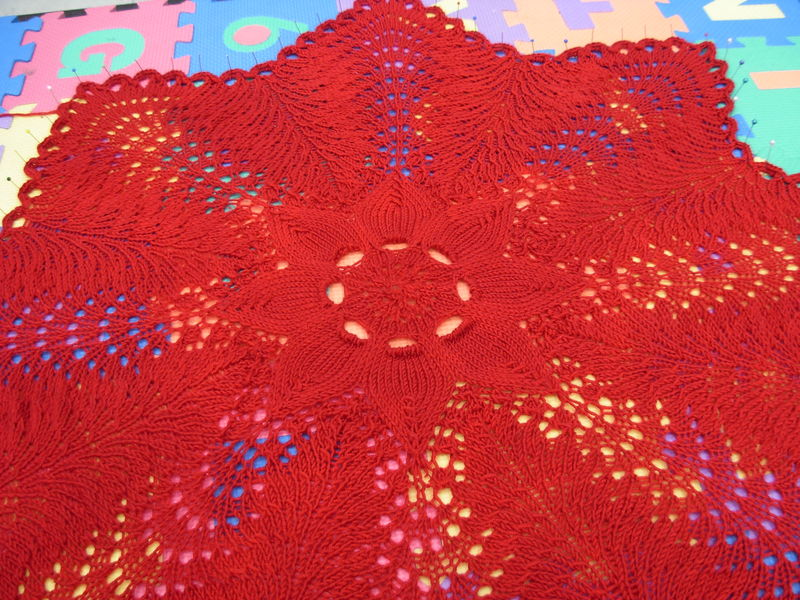 Hemolok ring blanket 012
