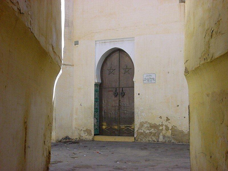 Porte d'entrée de la synagogue du mellah.