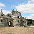 Le château de bourmont quitte l'anjou pour la bretagne