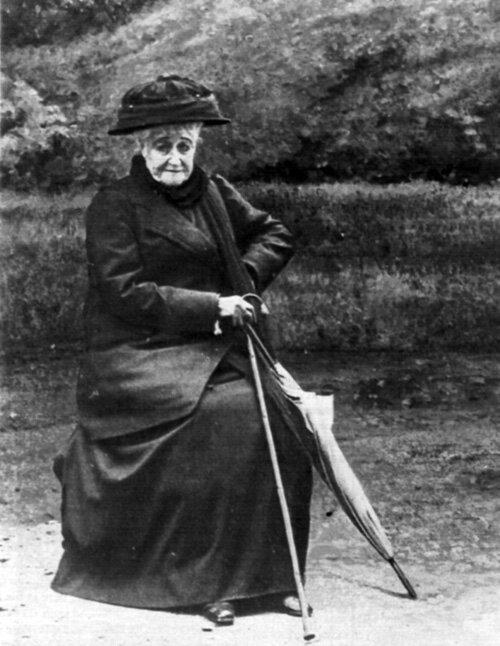 L'Impératrice_Eugénie_en_1920