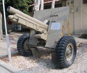 718px_Krupp_75mm_field_gun_batey_haosef_1
