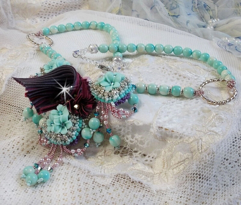 Collier Blue Flowers 15-1