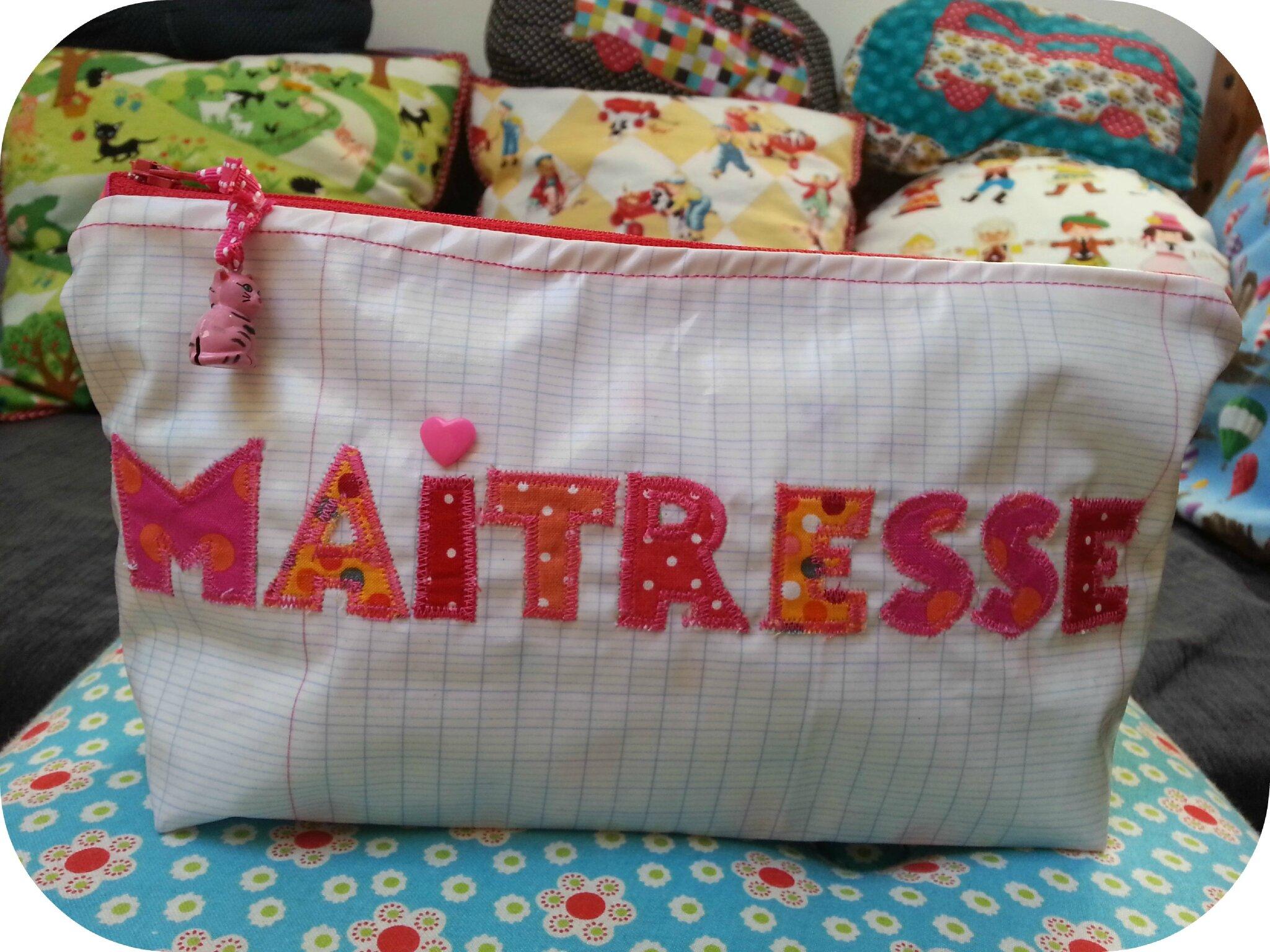 petits cadeaux de no l pour les ma tresses abc fait par maman. Black Bedroom Furniture Sets. Home Design Ideas