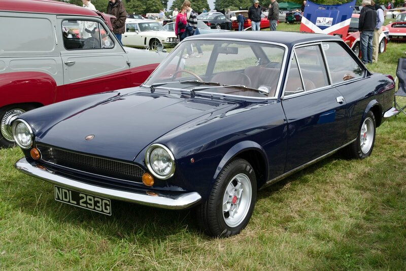 Fiat_124_Sport_Coupe_(1969)_(10275735714)