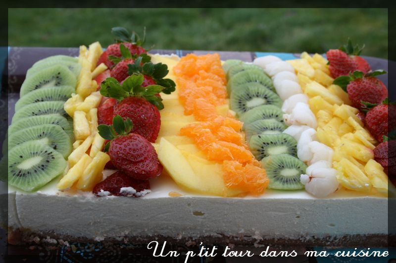 Gateau rectangulaire aux fruits