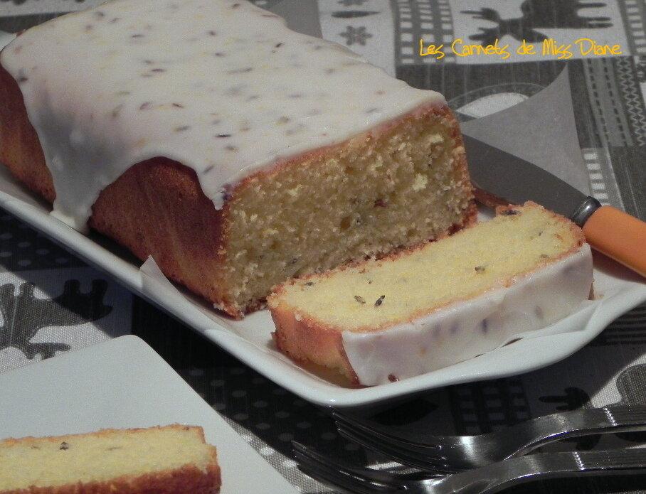 Cake au citron et à la lavande, sans gluten et sans lactose