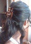 Lhuile damandes sur les cheveux après le lavage