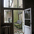 2-Ambiance dpendance chateau abandonn_7641