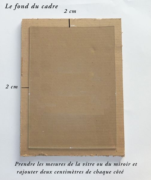Comment faire un cadre ou un miroir en carton for Miroir adhesif a decouper