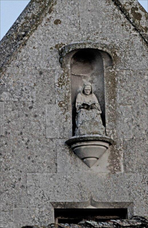 St Marc la lande lecteur de pierre 2 260915