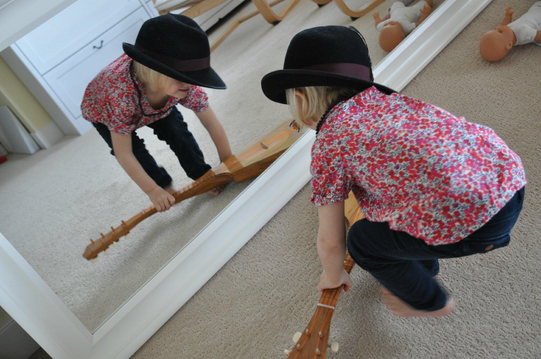imagetwist.com i 2 Chemisier D Jolies tenues pour fillettes coquettes 2