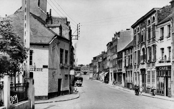 AVESNES-La Rue de Mons (12)