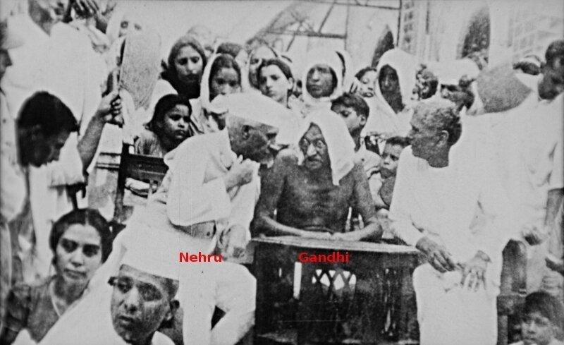 1947-Gandhi et Nehru