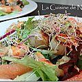 Salade de gambas et noix de saint-jacques, graines germées, fenouil, pamplemousse