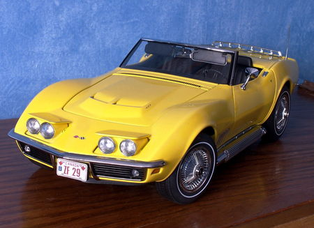 CHEVROLET_Corvette_Stingray_Convertible___1969_par_AUTOart__2_