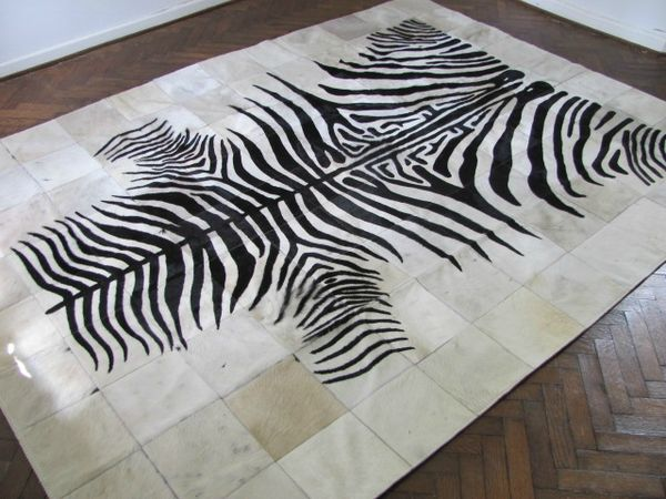 tapis peau de vache noir et blanc 2