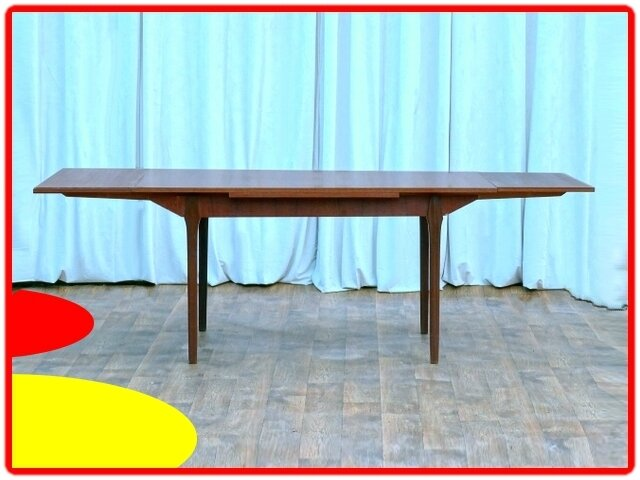 TABLE DE REPAS DESIGN SCANDINAVE 1960 TECK