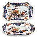 Paire de plats rectangulaires à décor bleu, rouge et or dit imari, époque qianlong (1736-1795)