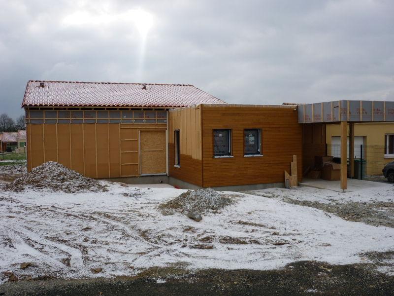 La maison sous la neige 08012010  Notre Maison Ossature Bois en Loire Atla