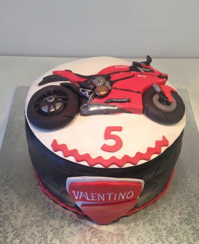 Très La Ducati de Valentino - les gateaux de ka en 3D WV91