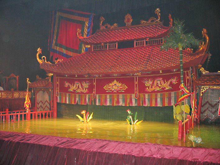 HANOI - le fameux théâtre de marionnettes