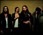 Kings_Of_Leon_1_Color__Large___Small_