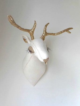 deerhead_goldantlers